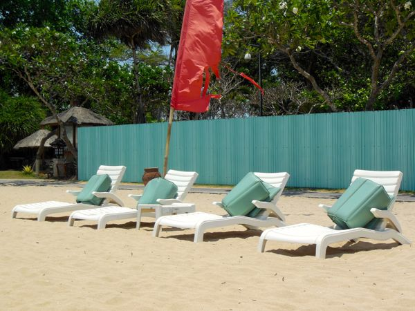 Beach Chairs At Grand Hyatt - About $8 Per Day